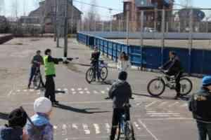 учебно-тренировочный перекресток на улице